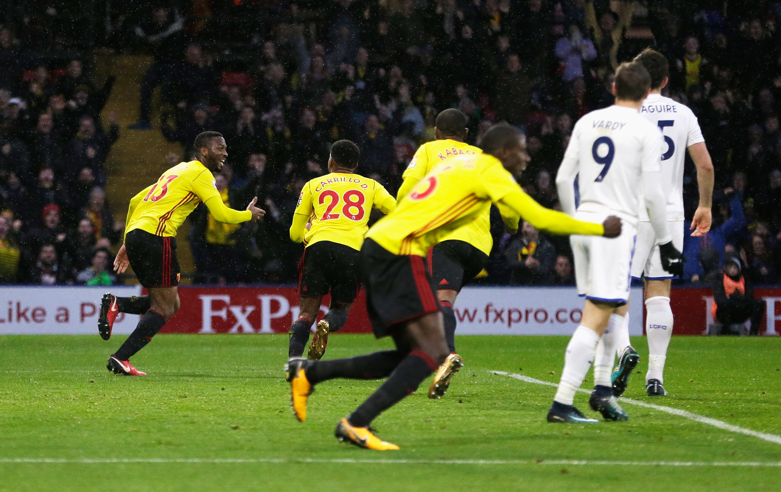 Watford come from behind to beat Leicester 2-1 in EPL